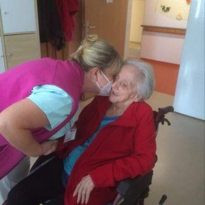 Oslava 102. narozenin naší klientky